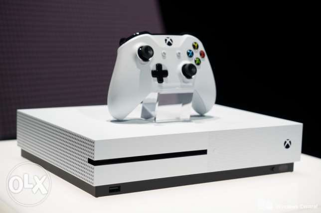 Xbox one S (not used)