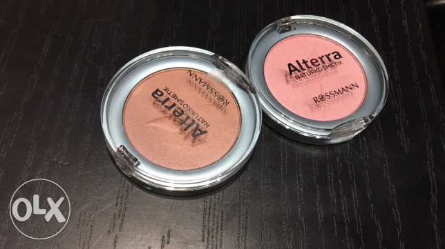 powder and highlighters
