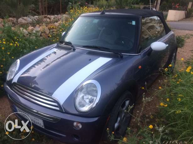 2005 mini cooper convertible 68000miles super clean car low mileage