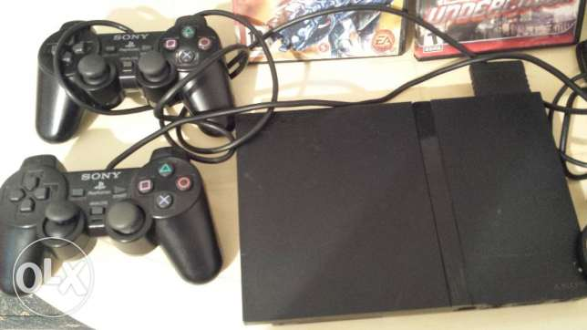 sony PS2 with 2 games
