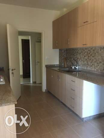 apartment for rent in achrafieh dfouny