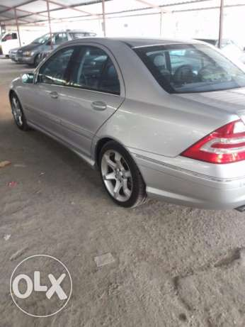 Mercedes 2007 Look amg C230 5ar2a هلالية -  2