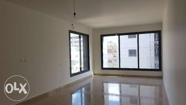 R16245- Apartment For Rent in Achrafieh