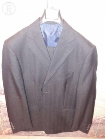 A brand new suit. Mish malbouse abadan.30$ only! Original price 120$.. بوشرية -  1