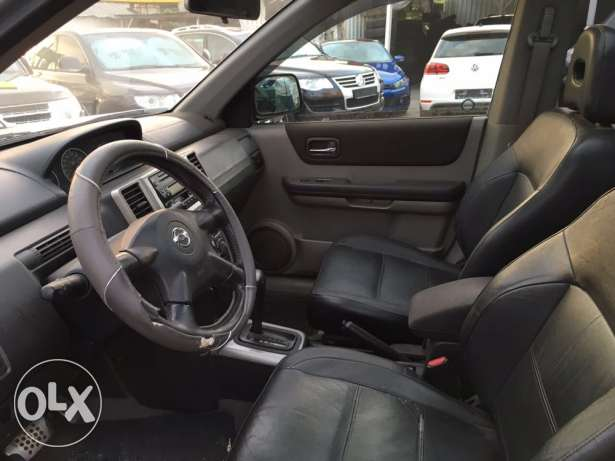 Nissan Xtrail 2005 Fully Loaded in Good Condition! بوشرية -  6