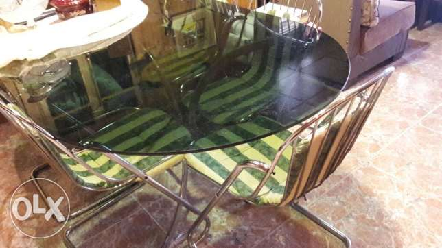 Big dinning table + 6 chairs + 2 small coffee tables بكفيا -  4