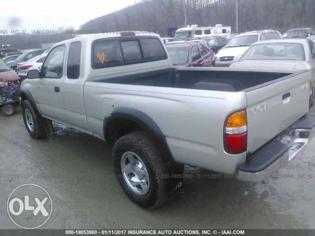 Toyota Tacoma - model 2001 (4 cylinders)
