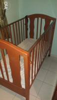 Baby bed for sale + free gift!!