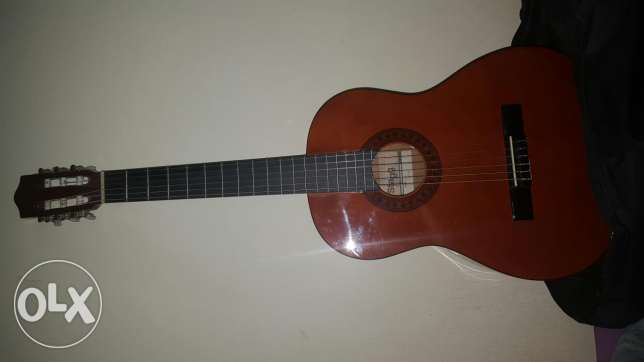 guitar ktir mratab stagg ot3a 7elwe ma3 chanetto