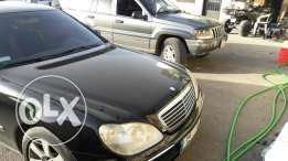 Mercedes-Benz s500 model 2001 very clean