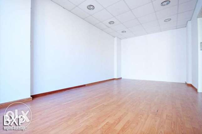 180 SQM Office for Rent in Beirut, Ain El Mraiseh OF5443 راس  بيروت -  4