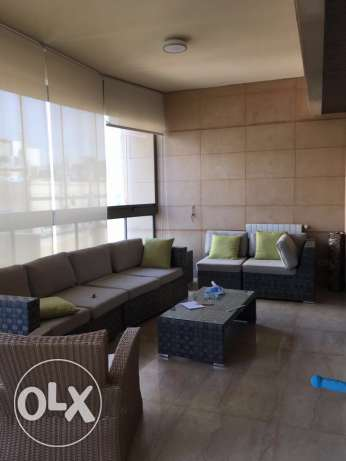 Clemanceu: 350m apartment for rent. ميناء الحصن -  2