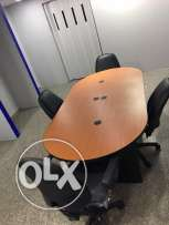 2 ac 2 desk 5 chairs