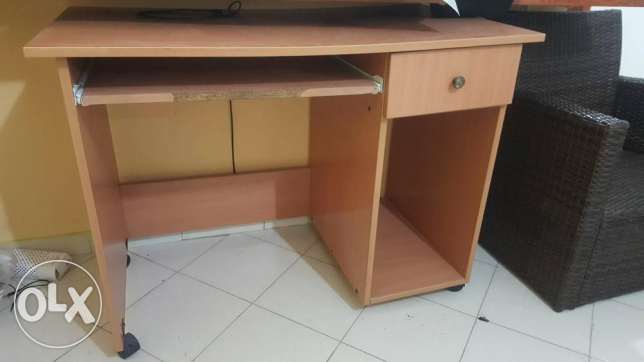 Table for computer for sale 30$