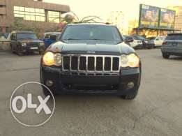 2010 Jeep Grand Cherokee hemi 5.7l v8 full options clean carfax