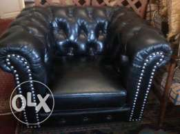 Amazing Real Leather Saloon, Black, design Chesterfield, 3 pieces,