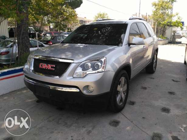 GMC acadia SLT _2 model 2009 full option clean carfax