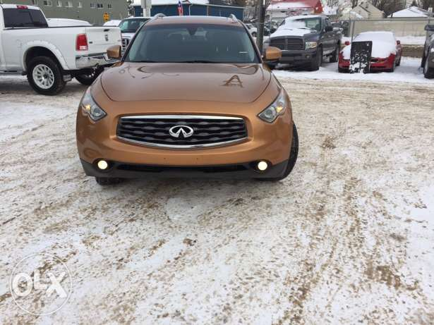 2010 Infiniti fx50 Sport package newly arrived