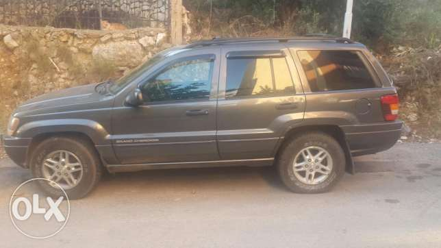 Grand cherokee laredo for sale