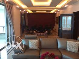 Rawsheh: 305m apartment for rent