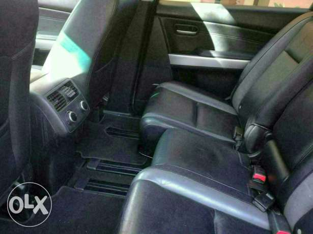 Cx9 like new no accident New arrival عزمي -  5