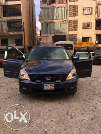 Kia sedona for sale , taksit 3aber ill bank