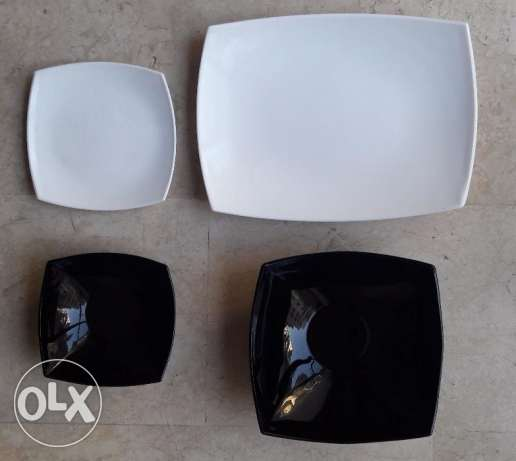 Dining & Desert Plate Made in France Very Fancy 4 pieces Black & Whit