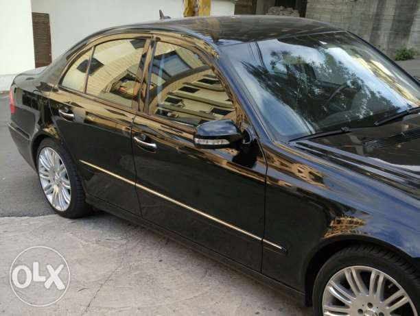 2007 E350 black full power كسروان -  4