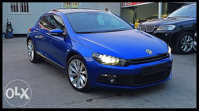 VW Sirocco 2.0 TSI 2011 Blue Top of the Line!