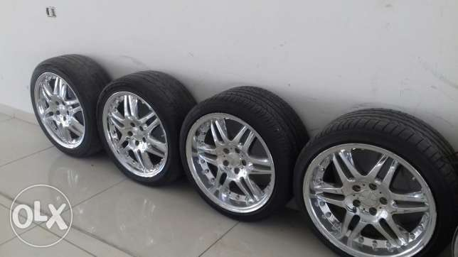 4- Mercedes Chrome rims on tires for C or E -class W204 or W212 - W210 كسارة -  7