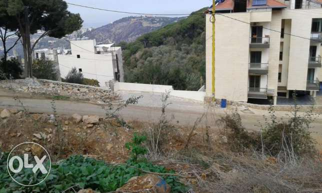 Sea View Land For Sale In Kornet El Hamra1825 m2 قرنة الحمرا -  4