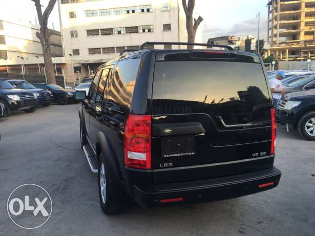 Land Rover LR3 V8 SE 2005 Black/Black in Excellent Condition! بوشرية -  4
