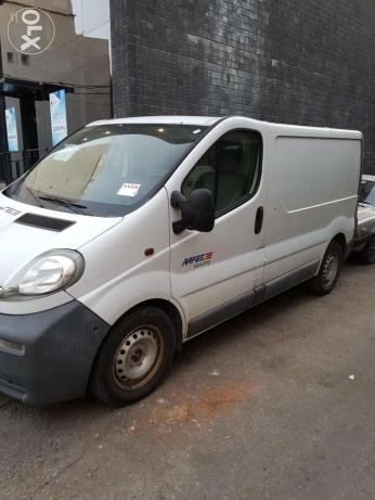 Renault trafic vivaro Ac full option jdid 2.0 16v 73000km