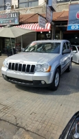 Grand Cherokee 2008 Silver-Black and silver leather 4x4