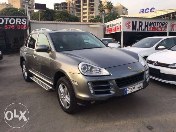 Porsche Cayenne S 2004 Gray with Upgraded Face Lift in Good Condition! بوشرية -  1
