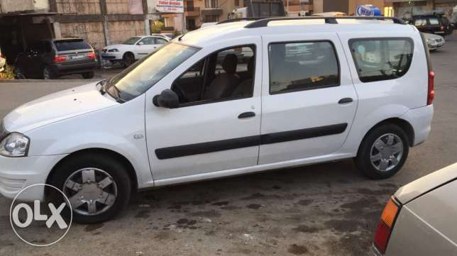 Dacia logan 2010...7 seater.with taxi plate for rent