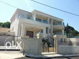 villa for sale at mechref 600 m