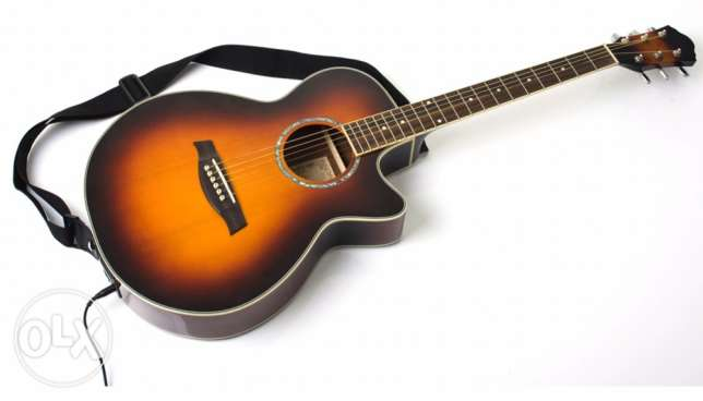 Acoustic guitar original works as an electric guitar خلدة -  1