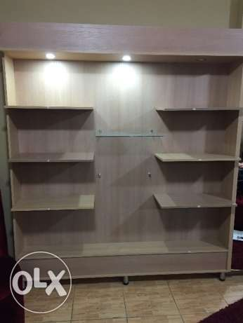 4 Cabinets with mirrors in very good condition
