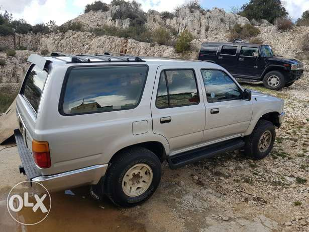 Toyota 4Runner 1992 silver super clean 4 new tires