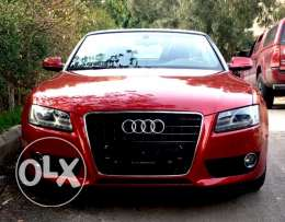 Audi A5 2010 cabrio chrke Liban as new