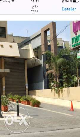 shop 3 Levels + 2 parkings 190 m for Sale in Zalka