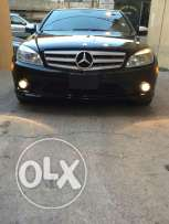 Mercedes C 300 model 2009 Super clean for sale