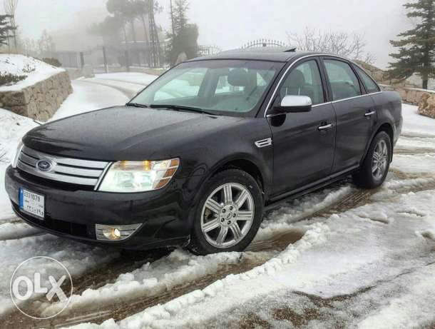 Ford Taurus 2008 awd limited