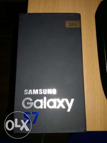 Sealed S7 32gb Gold