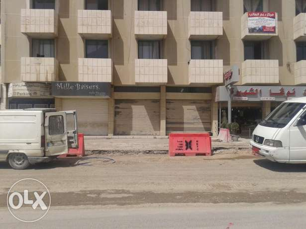 Two doors front on main ro / for rent ferzol centre el chark main road