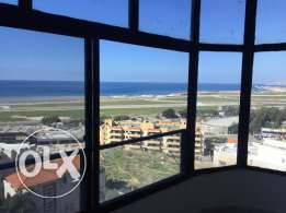9th floor, Three-bedroom apartment in Dohat Aramoun (Sea view)