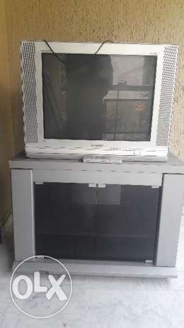 32 inch Samsung tv P I P + tv table