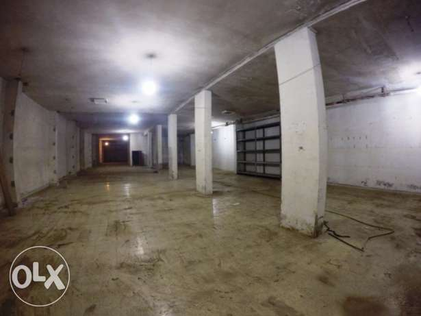 Warehouse for rent in Sin El Fil F&R4734