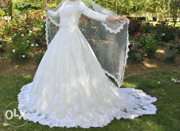 Fancy wedding dress for sale
